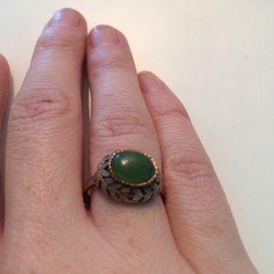 Vintage mid century jade ring by Bristol.