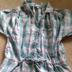 Loomstate Tops - Plaid shirt sleeve blouse