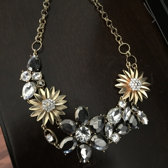 69 versona jewelry versona flower necklace from