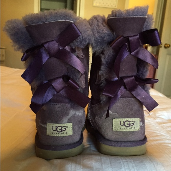Purple Bailey bow uggs size 4 (women's size 6)