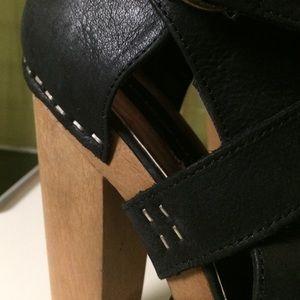 Steve Madden Shoes - Black boots