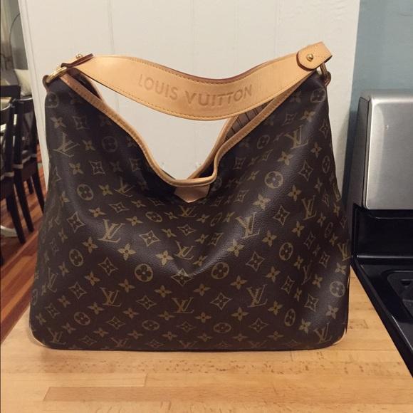 6caab6226fa Louis Vuitton Handbags - Authentic Louis Vuitton Monogram Delightful MM