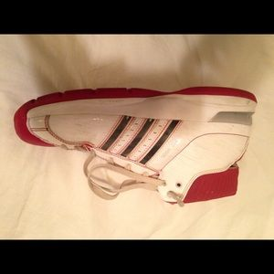 Men's Adidas basketball shoes