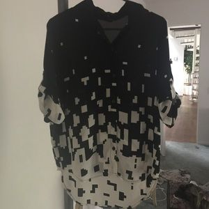 Abstract black and white top
