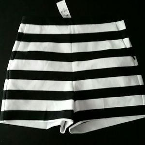 EXPRESS black and white shorts