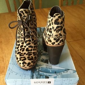 Sperry Princeton Leopard Pony Booties