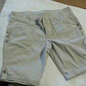 Pants - Ladies shorts