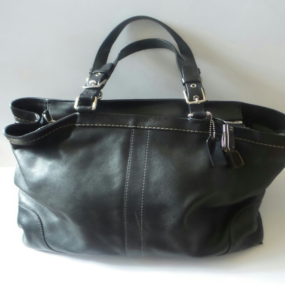 ff055aa9614 Coach Bags   Extra Large Leather Black Zip Tote   Poshmark