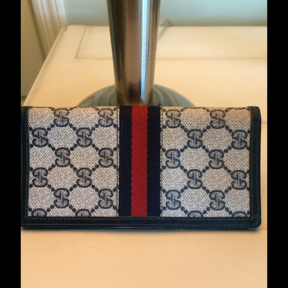 03f940c82d7c78 Gucci checkbook cover. M_55f5d695c28456d215012f84
