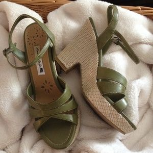 American Eagle by Payless Shoes - 🚪Amer Eagle wedges See closet clean out listing!