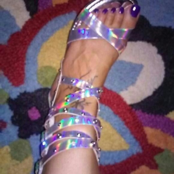 Kensie Shoes - KENSIE IRIDESCENT GLADIATOR Rhinestone SANDALS 5.5