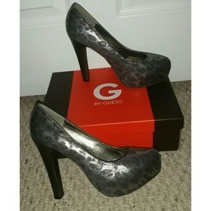 Guess Shoes - ✳ Guess Cheetah Print Heels ✳