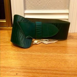NWT & VINTAGE Leather Belt✳️*Clearance!*