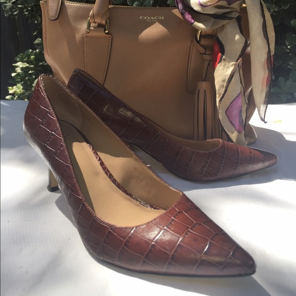 80% off Ann Taylor Shoes - Croc print brown kitten heel perfect ...