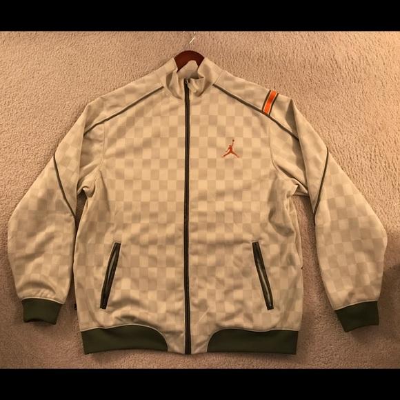 87ee2c65aa88 Jordan Other - Jordan olive V green orange full zip jacket XXL