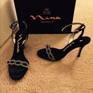 Nina-Vasek-LS Black Satin Dress Shoe