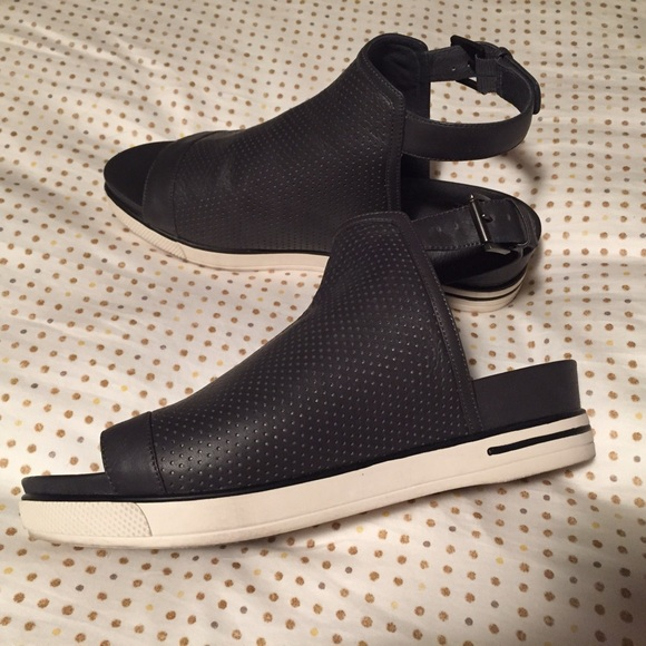 16b8e757253 Eileen Fisher Shoes - Eileen Fisher Cover Perforated Sport Sandal