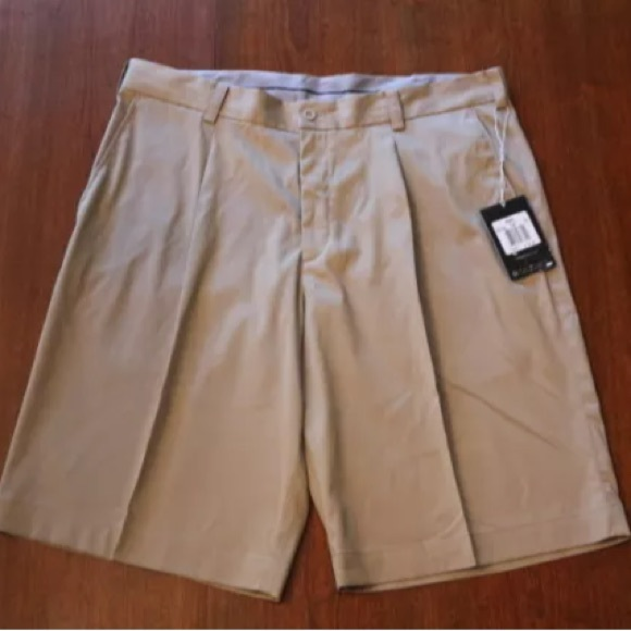 71% off Nike Other - NIKE Men's Khaki Golf Shorts Dri-Fit - Size ...