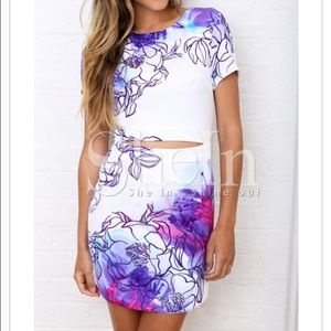 White Short Sleeve Floral Print Bodycon Dress