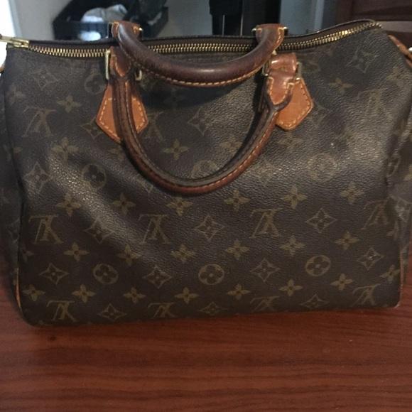 b461c26ba411 Louis Vuitton Handbags - AUTHENTIC vintage Louis Vuitton speedy 30