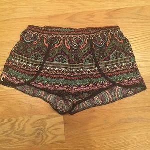 LA hearts woven shorts