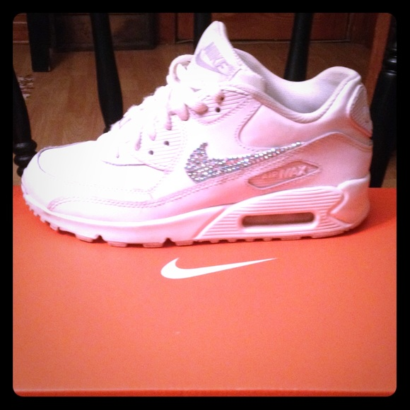 White Nike air max. Rhinestone Nike. M 5606316b7fab3a452d003557 66e5a3d656