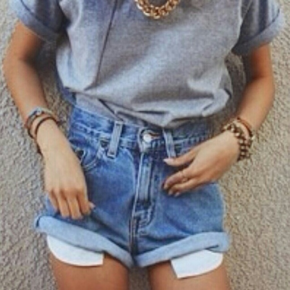 Brandy Melville - High waisted cuffed levis denim shorts from ...