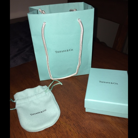 54341001310d Tiffany   Co gift set. M 55f74de036d59474d001ba45. Other Accessories ...