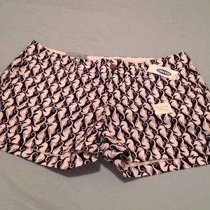 Old Navy Seahorse Print 3.5 inseam Shorts