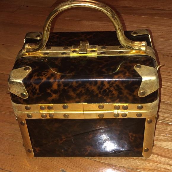 de2f451b1add Comeco Handbags - Vintage 1970
