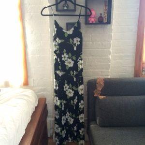 Asos NWT black floral print maxi dress, size 0P