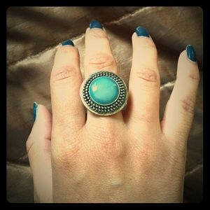 Jewelry - Turquoise vintage silver ring