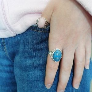 Jewelry - 💕🌺Lapis Lazuli & Sterling Filigree Cocktail Ring