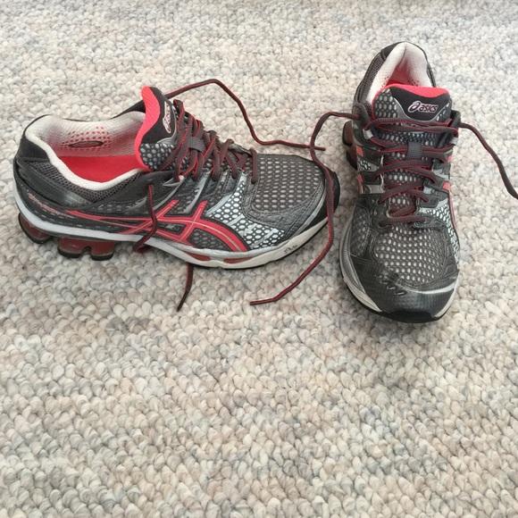 Asics Gel Kinetic 4 running shoe