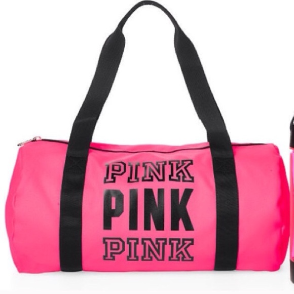 645075a18613 VS PINK duffle bag in hot pink