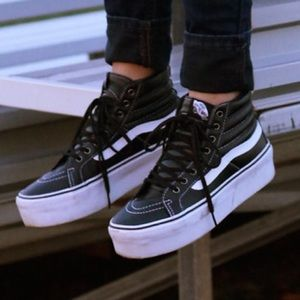 36523c2bfb Buy vans high top platform sneakers > OFF70% Discounts