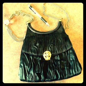 Lou Taylor stunning vintage black evening bag!