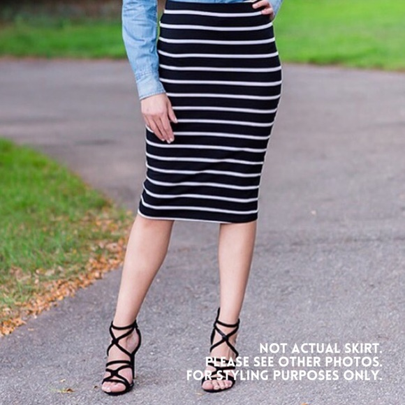 0c201d87a5 GAP Skirts | Nwt Black White Striped Pencil Skirt | Poshmark