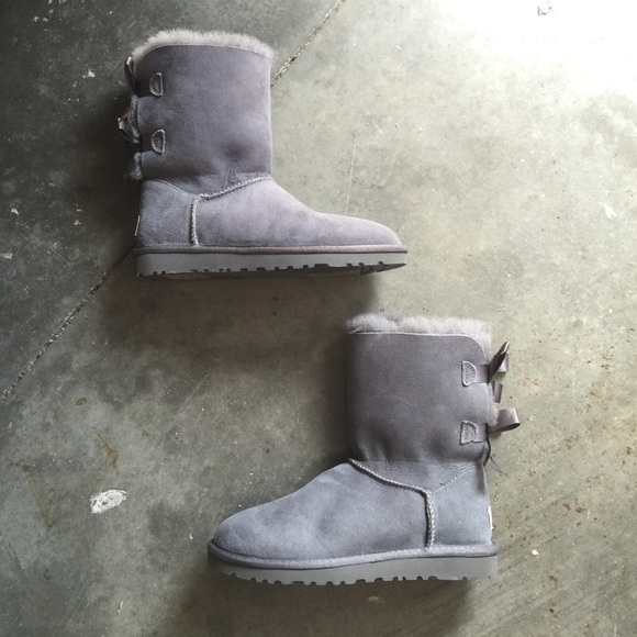 UGG Bailey Bow Grey Short Classic Boots US 5