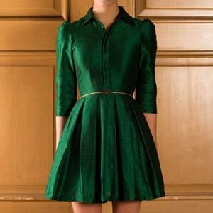 Dresses & Skirts - Fit and flare dress in emerald green
