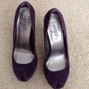 Fergie Purple Suede High Heels Shoes. Size 8.
