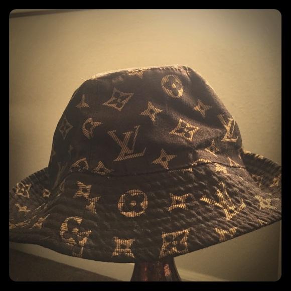 Louis Vuitton Accessories - Louis Vuitton Monogram Logo Bucket Hat 496182a4be4