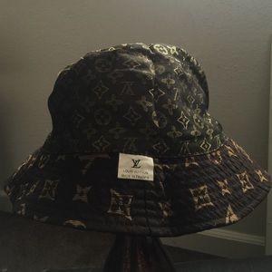 6b16f9d5d6d5 Louis Vuitton Accessories - Louis Vuitton Monogram Logo Bucket Hat
