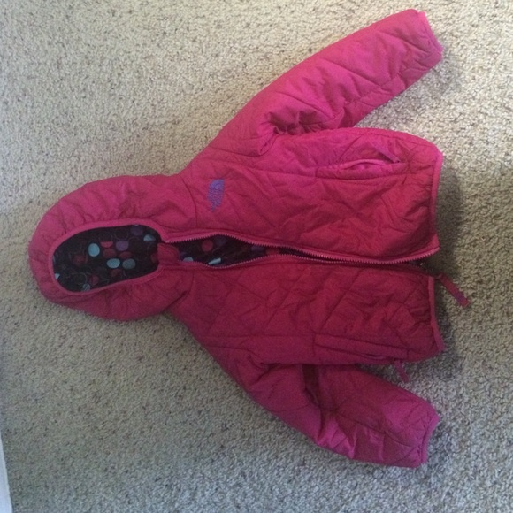 The North Face TODDLER GIRLS' REVERSIBLE JACKET 3T