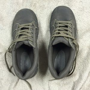 Brown shoes women's size 8