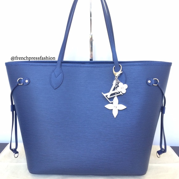 259e745fb Louis Vuitton Bags | Epi Leather Neverfull Mm In Indigo | Poshmark