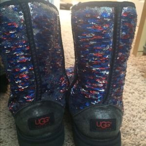 silver uggs size 9