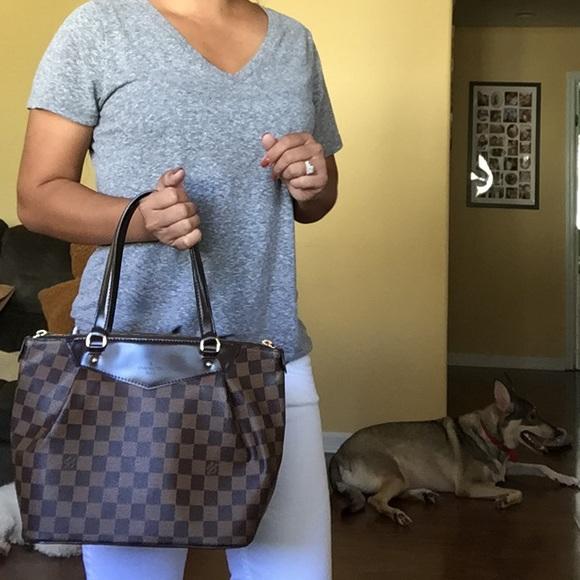 Louis Vuitton Handbags - 1 week sale🎉 Auth Louis Vuitton Westminster pm a573ed02069