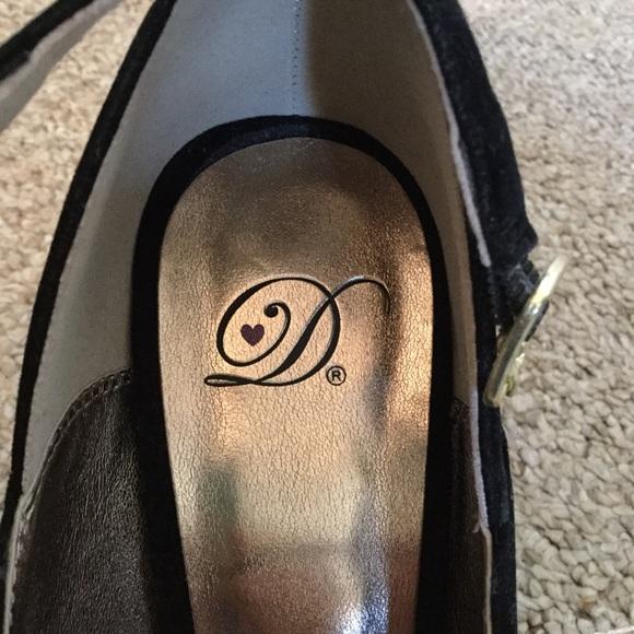 Shoes - 🍁🍂 Black Faux Suede Peep Toe Heels 🍂🍁