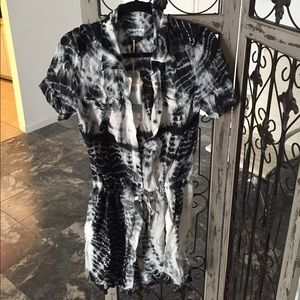 Tie dye Dress by Guess black and white